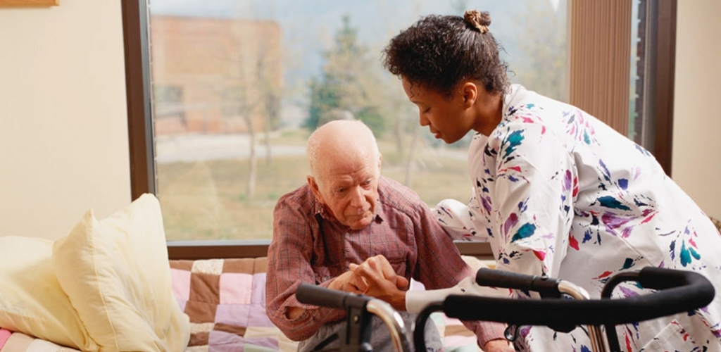 Home health caregiver with male client